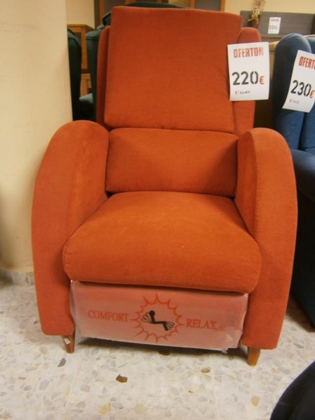 Muebles vila muebles en liquidaci n en extremadura for Liquidacion sofas online